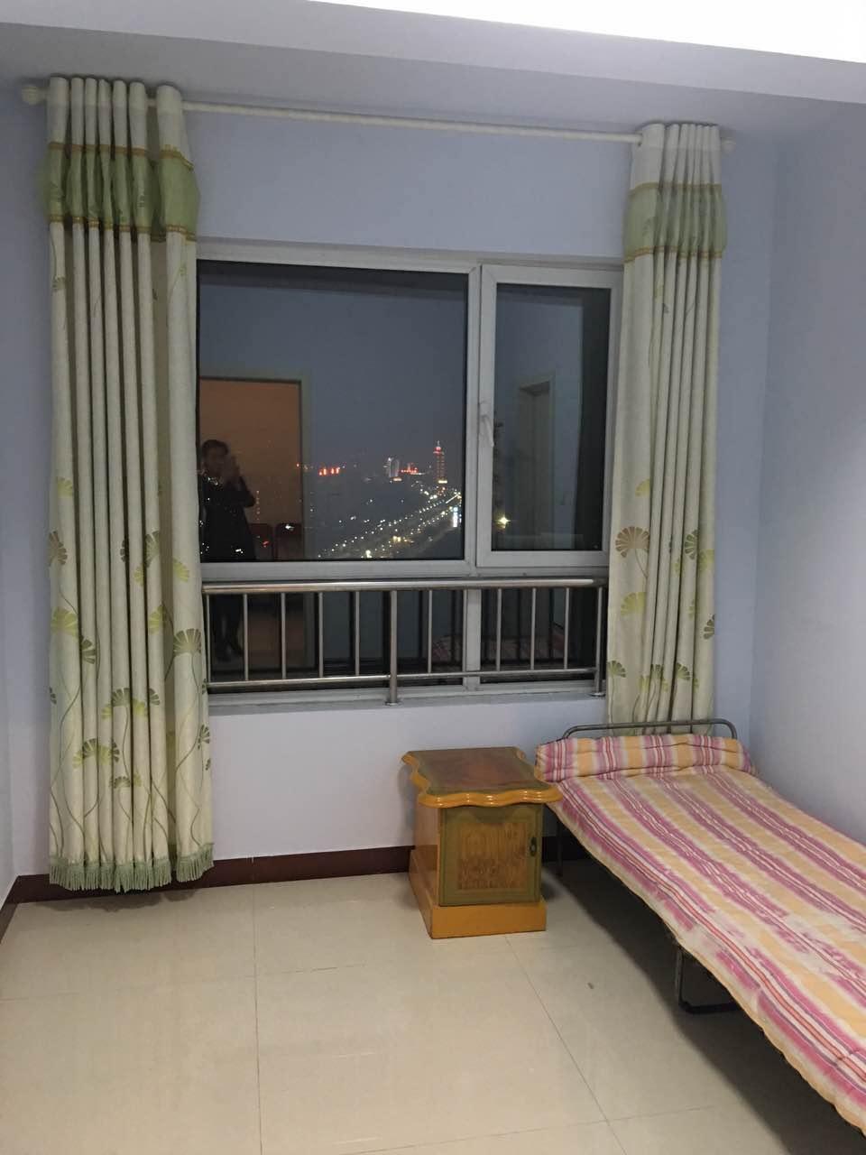 天钰铭城 2室2厅 25楼