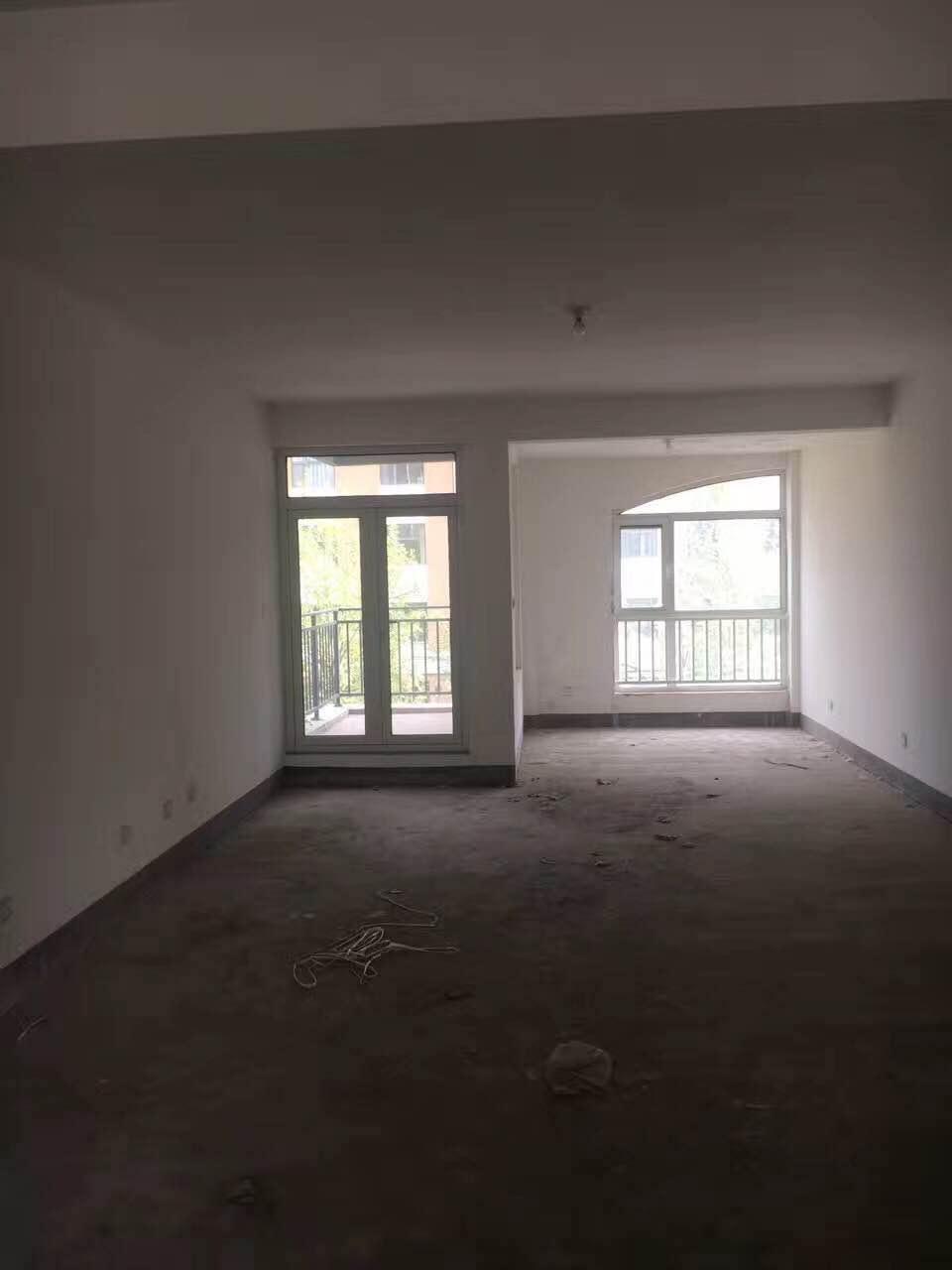 德百玫瑰园 3室2厅  毛坯 180万房型图