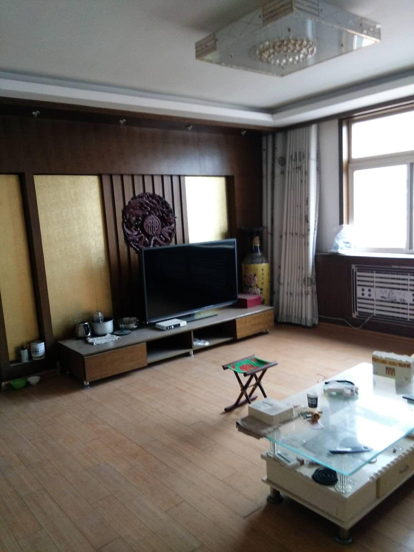 湘江小区西区 4室2厅 双证齐全 简装 148万房型图