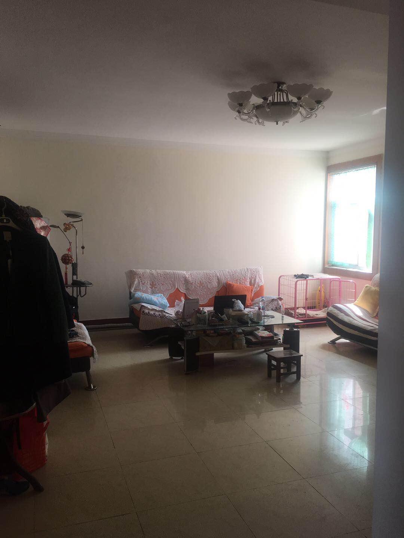 贵新家园 3室2厅 双证齐全过五年 简装 75万
