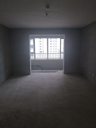 湖滨家园 3室2厅 双证齐全 毛坯 105万