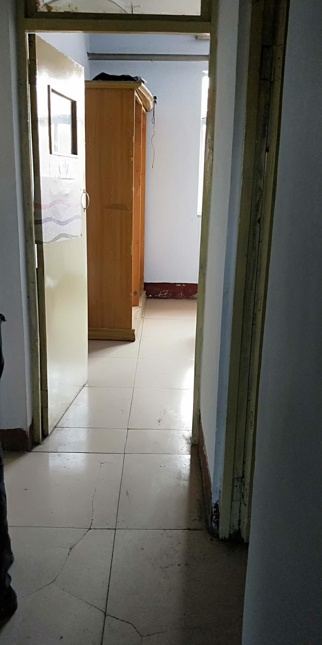 二棉宿舍 1室1厅 双证齐全 简装 45万房型图