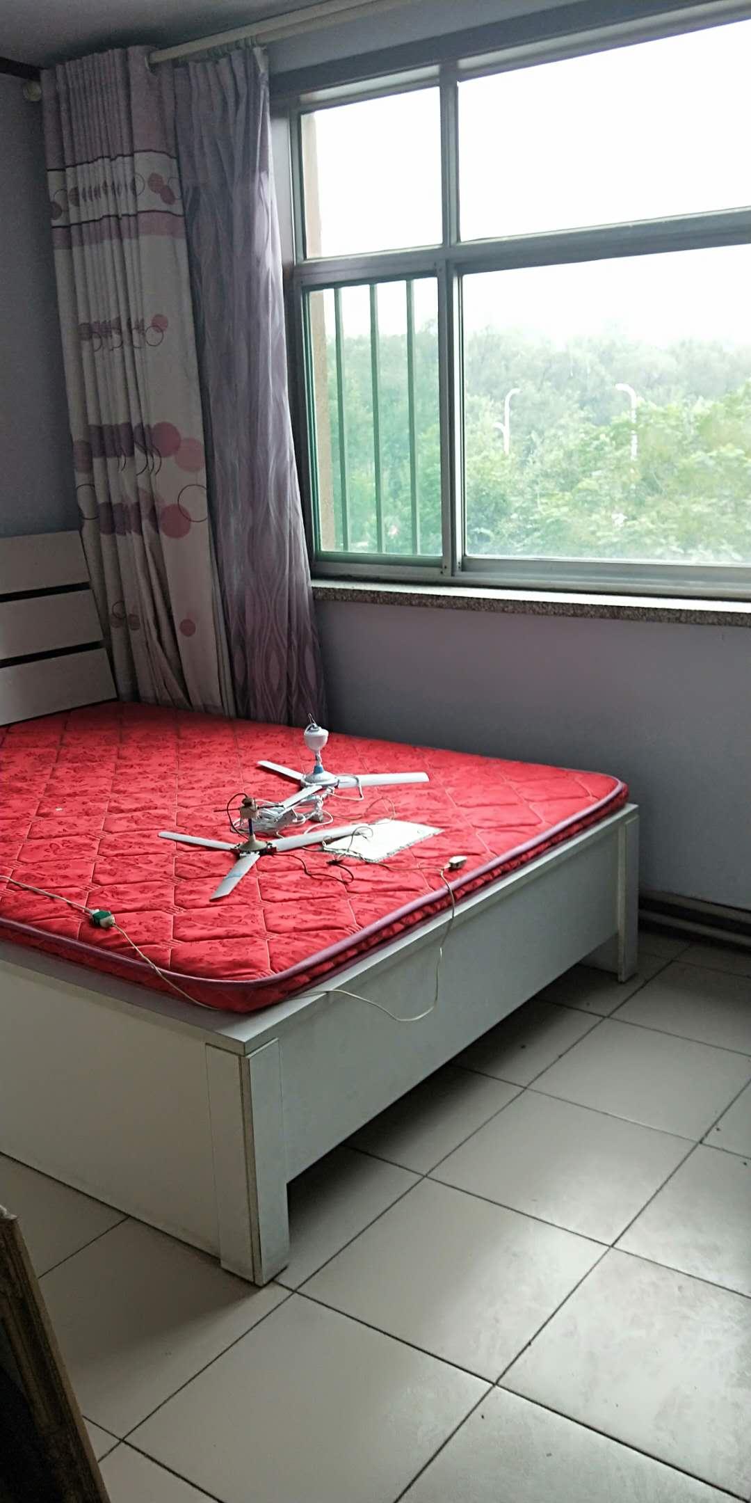二棉宿舍 2室2厅 双证齐全过五年 简装 92万