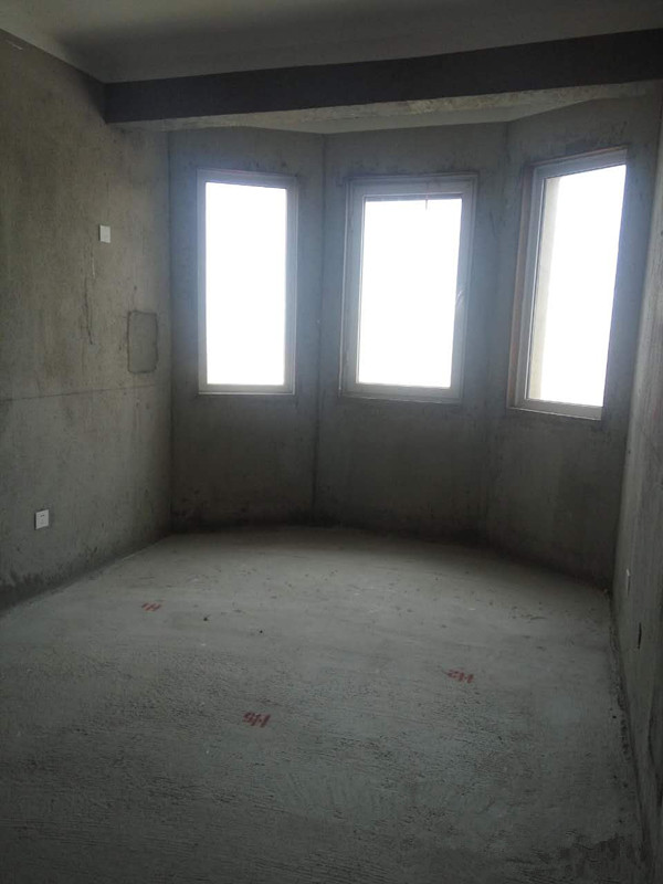 月亮湾 3室2厅  毛坯 107万房型图