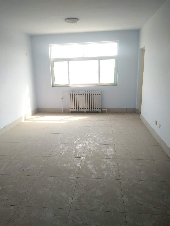 东长庄园 3室2厅  简装 39万