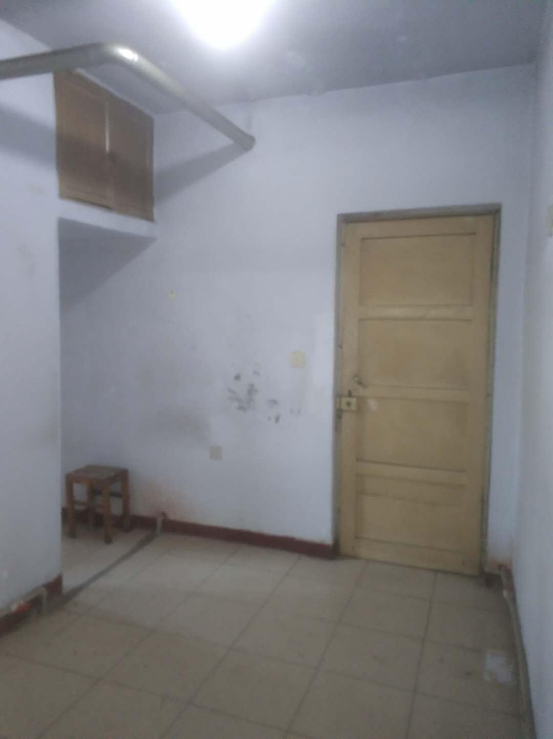 国棉厂宿舍 2室1厅 双证齐全过五年 简装 20万房型图