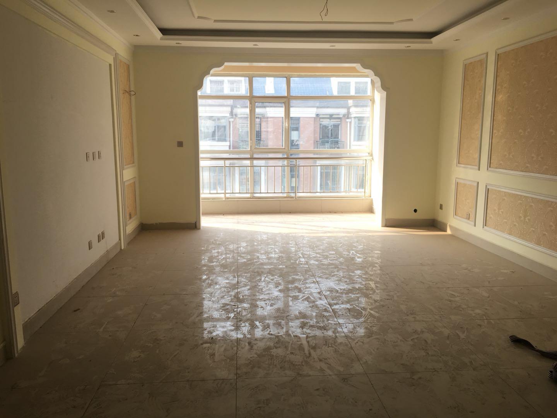 高地世纪城 3室2厅 双证齐全 精装 180万房型图