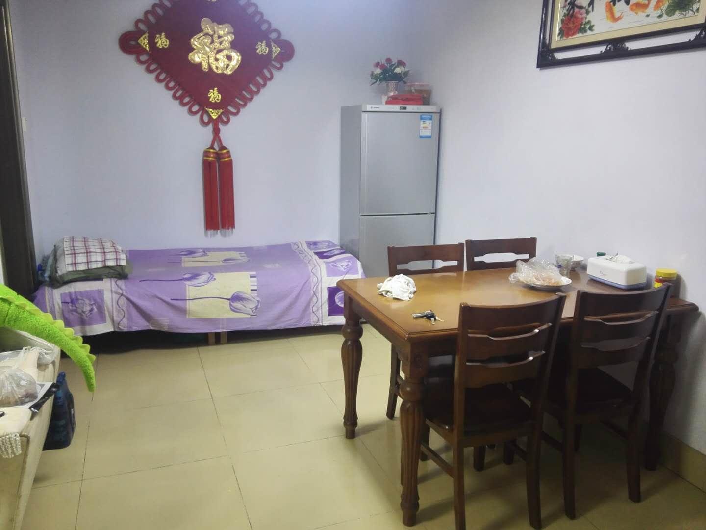 华宇国际公寓 2室2厅 双证齐全 简装 85万