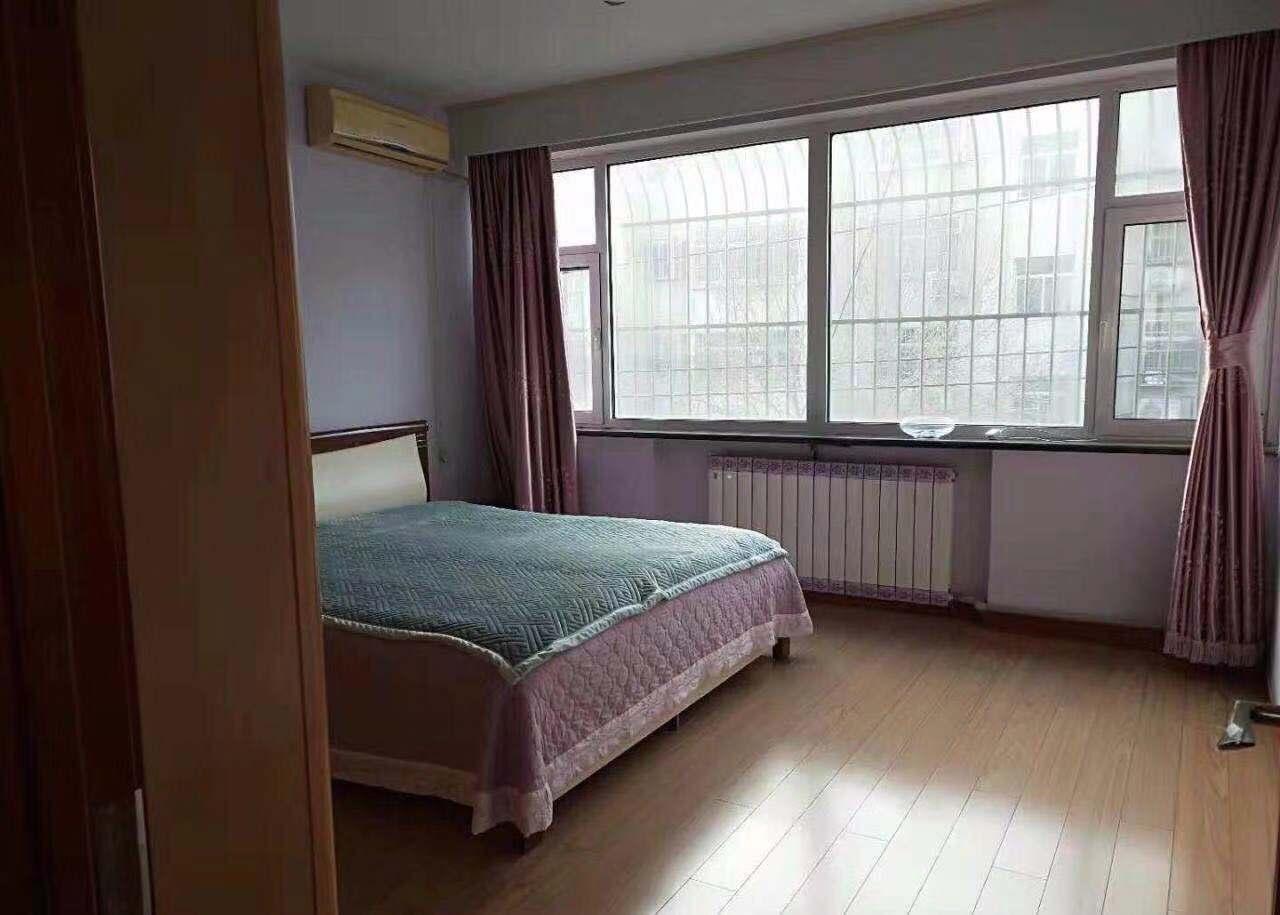 农业局宿舍(青龙街) 3室1厅 双证齐全 简装 105万