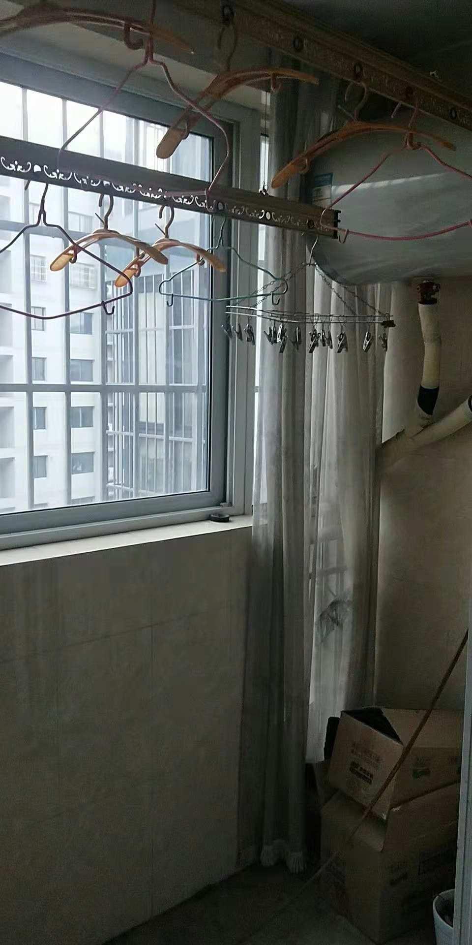牡丹华庭 3室0厅 双证齐全 精装 98万房型图