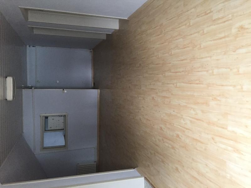袁桥社区 3室2厅  简装 19万