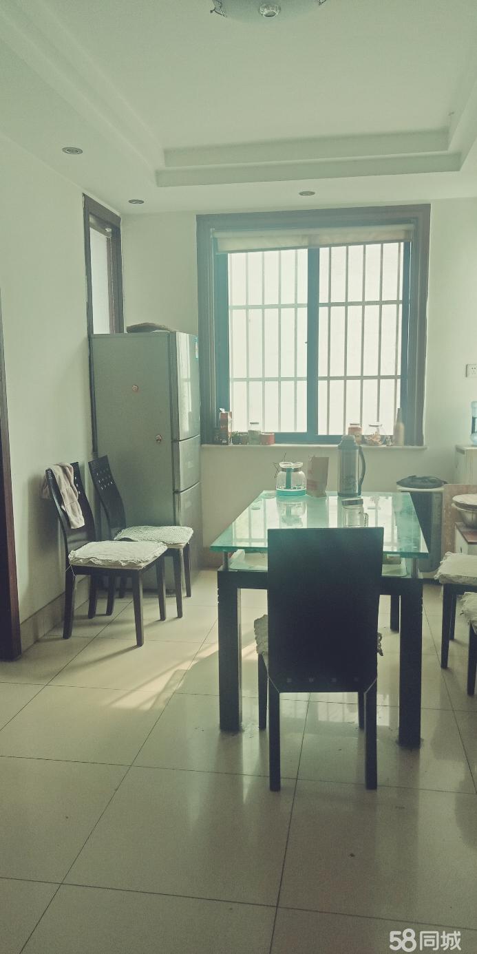 安然居宿舍 3室2厅 双证齐全 简装 149万