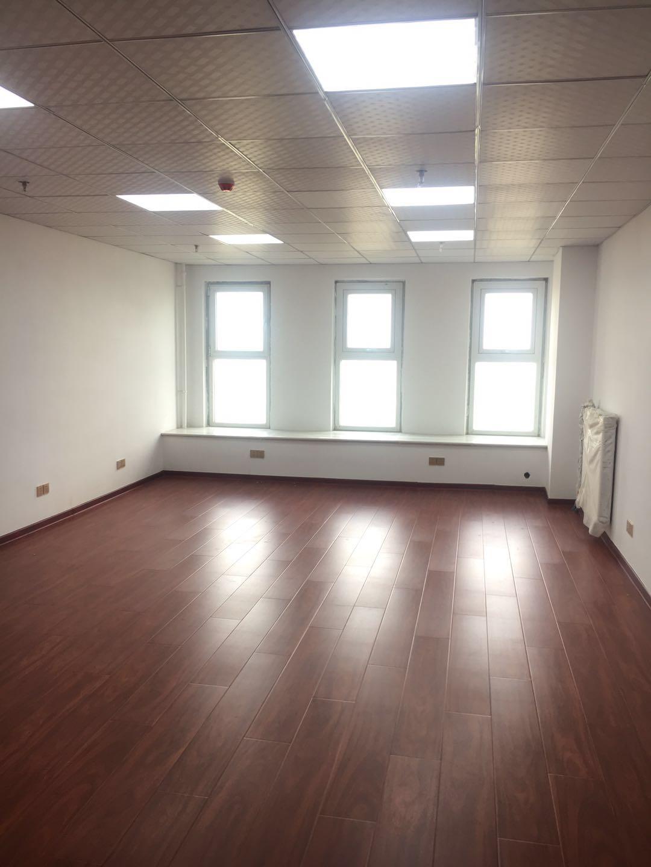 唐人写字楼 1室1厅 31楼