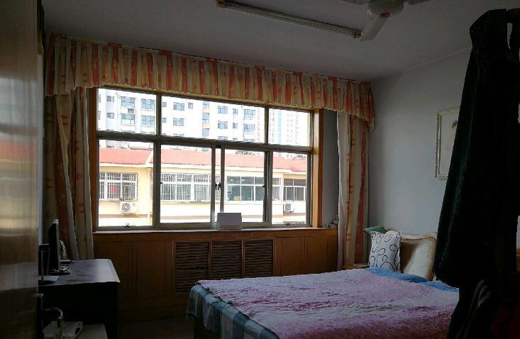 园林处宿舍 3室1厅 双证齐全 简装 156万