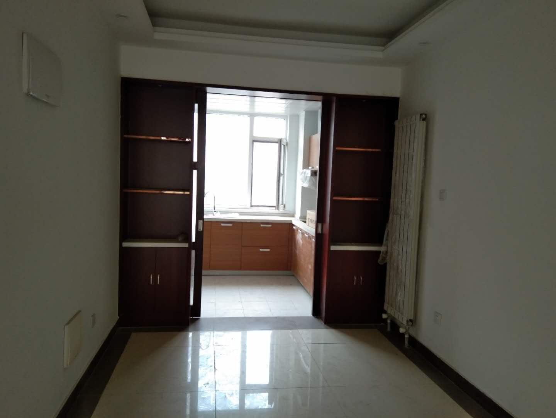 金鼎公馆 3室2厅  精装 145万房型图
